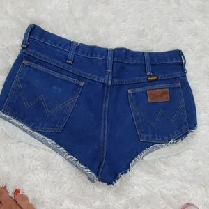 Wrangler high waisted vintage cut off blue shorts